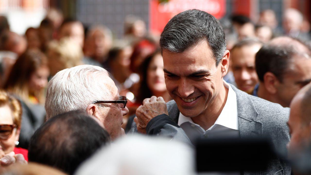 Jordi Sánchez cree que el PSOE aceptará el referéndum.¿Discriminación? «Por un país de todos. La escuela en catalán», fue el lema que la plataforma Somescola repartió en las escuelas catalanas hace ocho años y que marginaba el aprendizaje del castellano