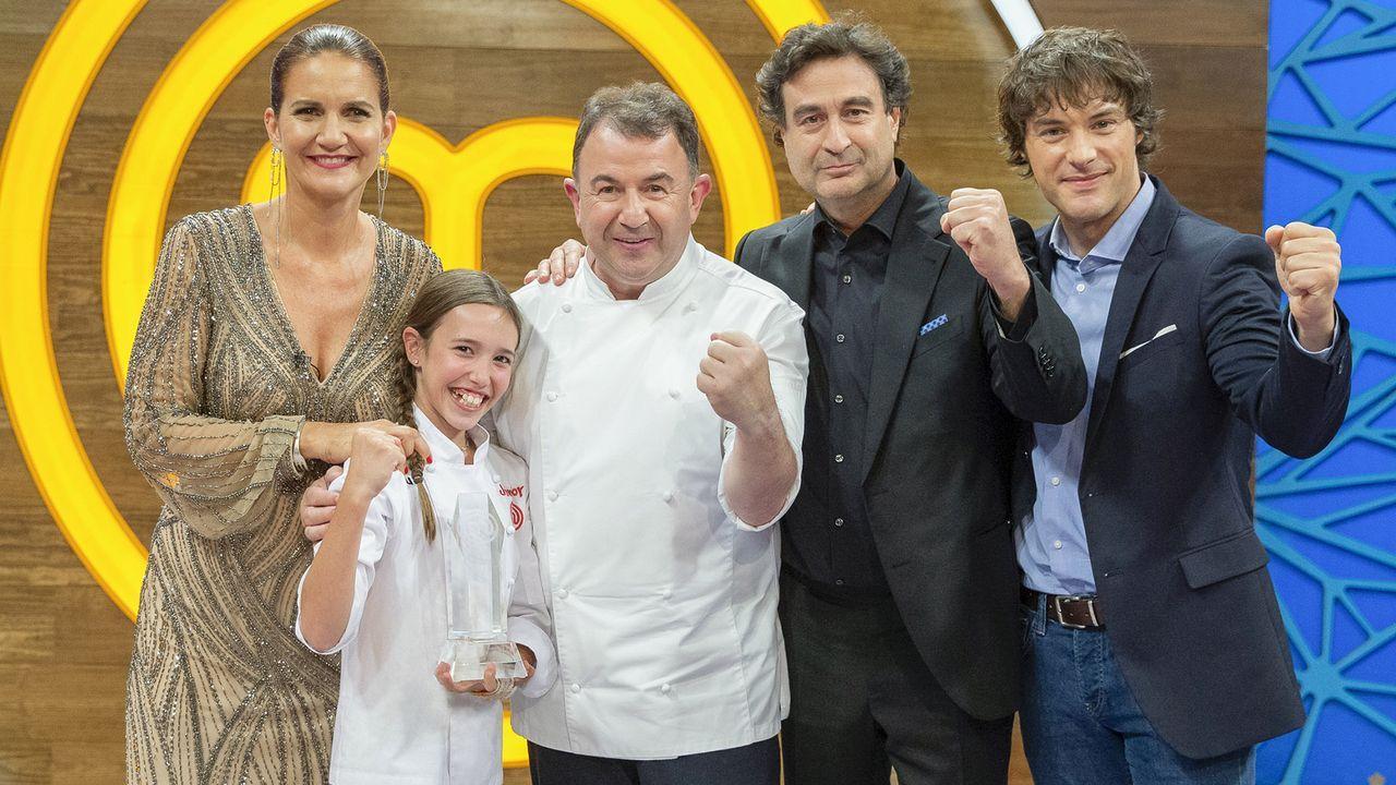 La novia de Jordi Cruz, la sorpresa de «Masterchef Junior».El chef gallego afincado en Australia, Santiago Fernández