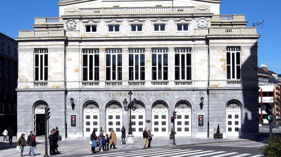 La familia real hace pública su nueva imagen.Teatro Campoamor