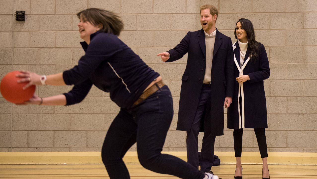 Trailer: «Harry & Megan: A Royal Romance».El príncipe Carlos de Inglaterra y su mujer, la duquesa Camilla de Cornualles, asisten a la ceremonia de inauguración de los XXI juegos de la Commonwealth en el estadio Carrara (Australia)