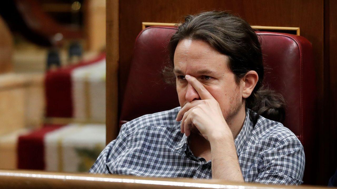 Pablo Iglesias, secretario general de Podemos, durante la intervención de Pedro Sánchez.