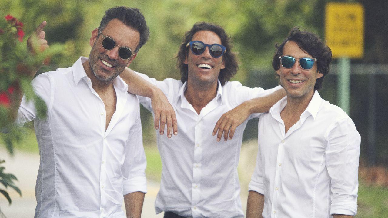 Los hermanos Quijano en una imagen promocional del último disco