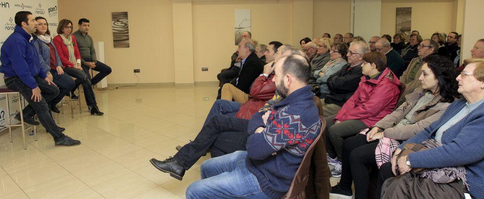 Villares, Durán y Castiñeira apoyaron el sábado a Arias en Burela.