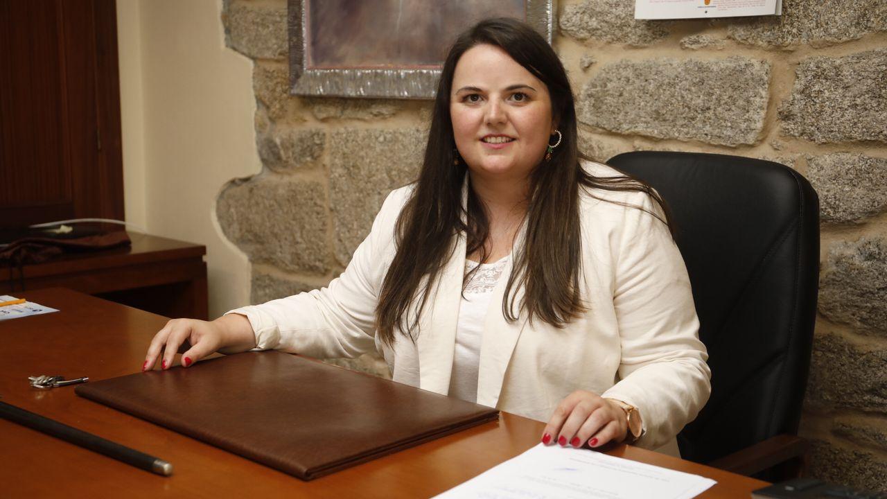 Rocío Seijas sucede a Gato en la alcaldía de Monterroso.Praza do Campo