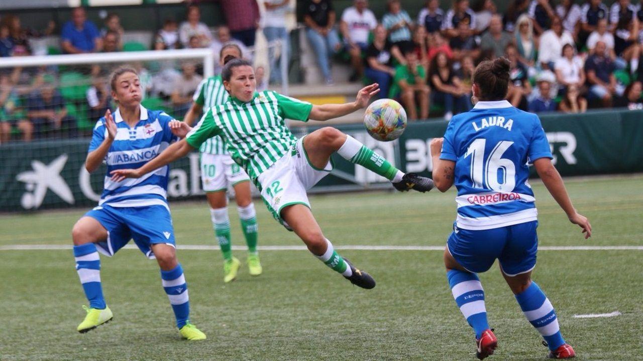 ¡Búscate en el partido de fútbol sala entre el Noia y el Betis!