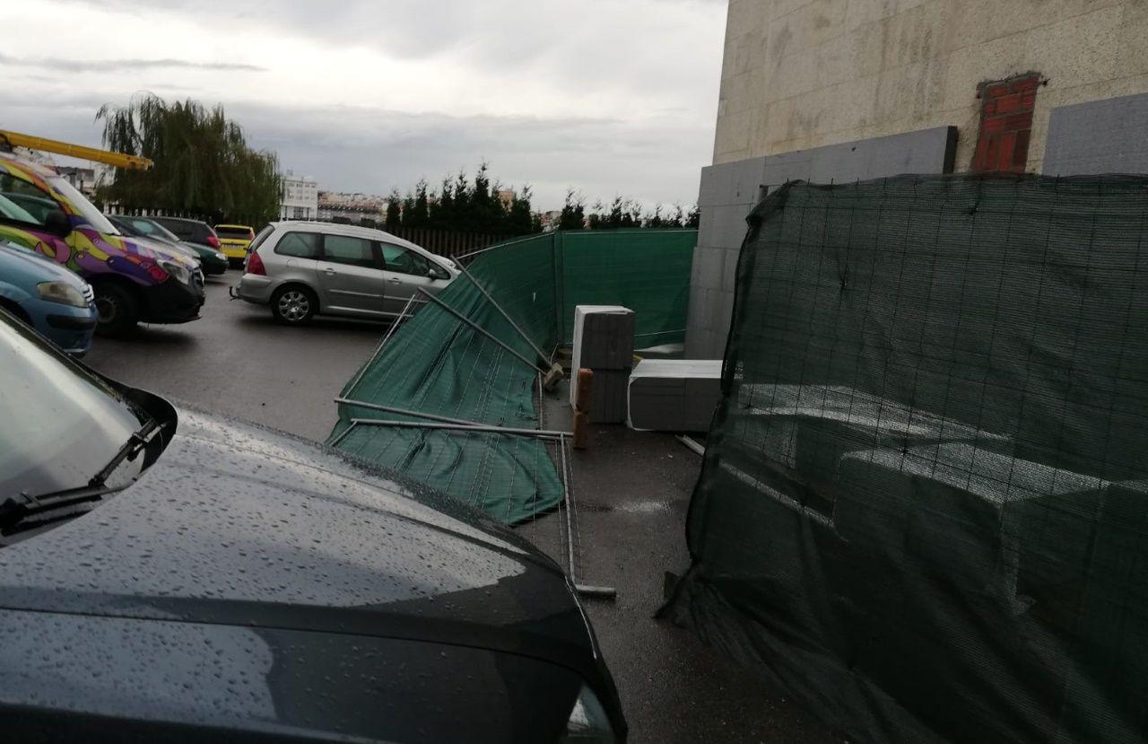 El Instituto Monelos suspende sus clases por las inundaciones en el centro