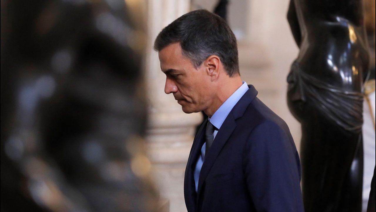 Toni Roldán abandona Ciudadanos por su giro a la derecha.El expresidente del Gobiern Mariano Rajoy, ayer, en Tenerife