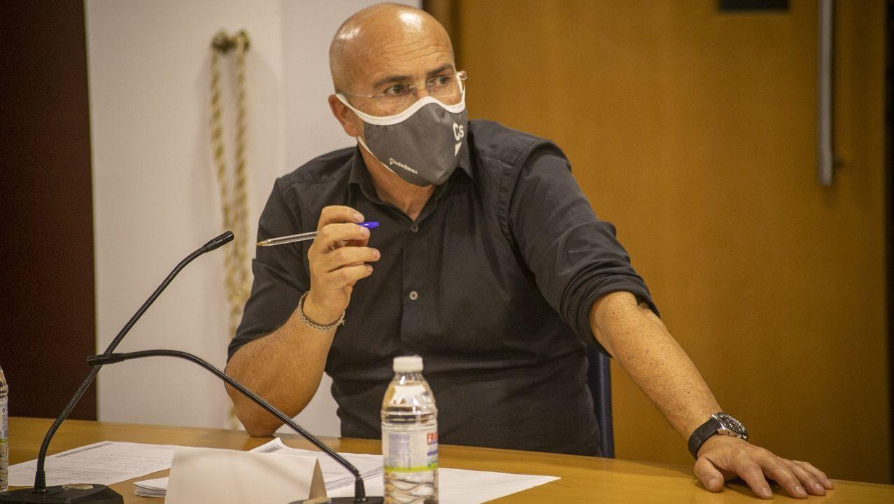 Ayuso comparece trasromper con Cs y convocar elecciones anticipadas en Madrid.Carlos Rodríguez Muñiz es concejal de Ciudadanos en el Concello de Boiro