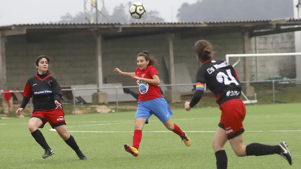 Álbum de fotos: ¡Las mejores imágenes del partido entre el Carreira y As Miúdas!
