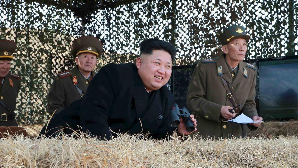 El presidente del Comité de Relaciones Exteriores del Senado, Bob Corker..Kim Jong Un, líder de Corea del Norte.