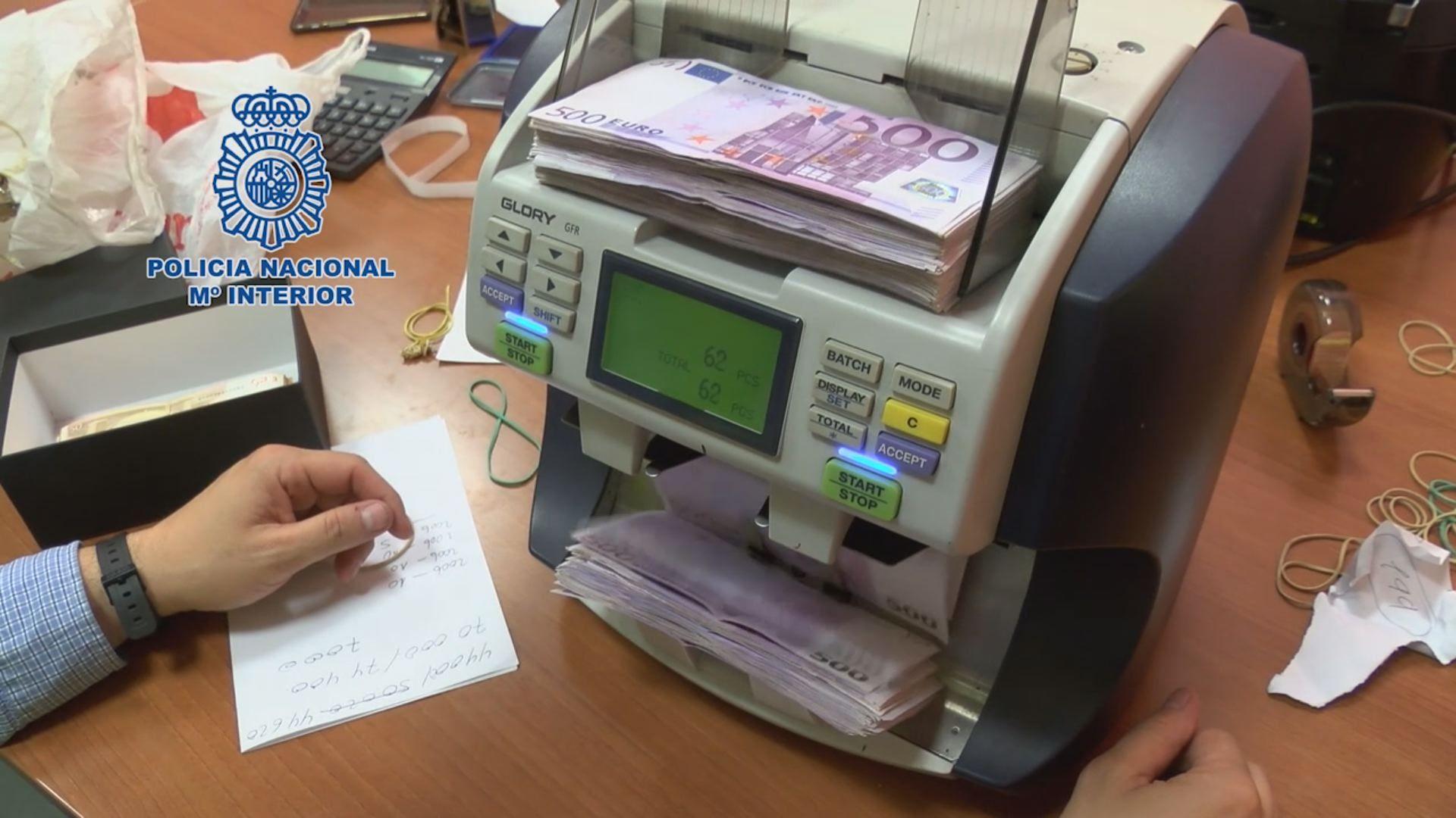 Destapan un fraude a la Seguridad Social de 27,5 millones que afecta a 17 provincias, entre ella.El nuevo autobús híbrido de Emtusa