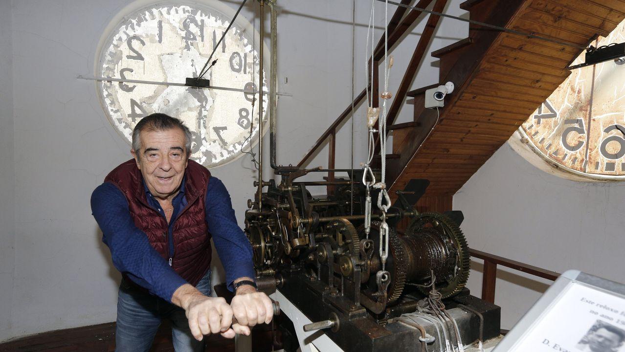 El reloj del IES Santa Irene, a punto para las campanadas.Foto tomada a las 17.48 horas del 9 de enero del 2020