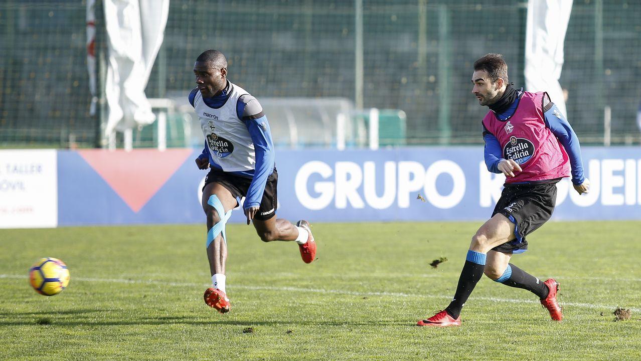 El Deportivo - Levante, en imágenes.El fabrilista One y Schär ensayaron para actuar como pareja de centrales en el partido del domingo en el Bernabéu