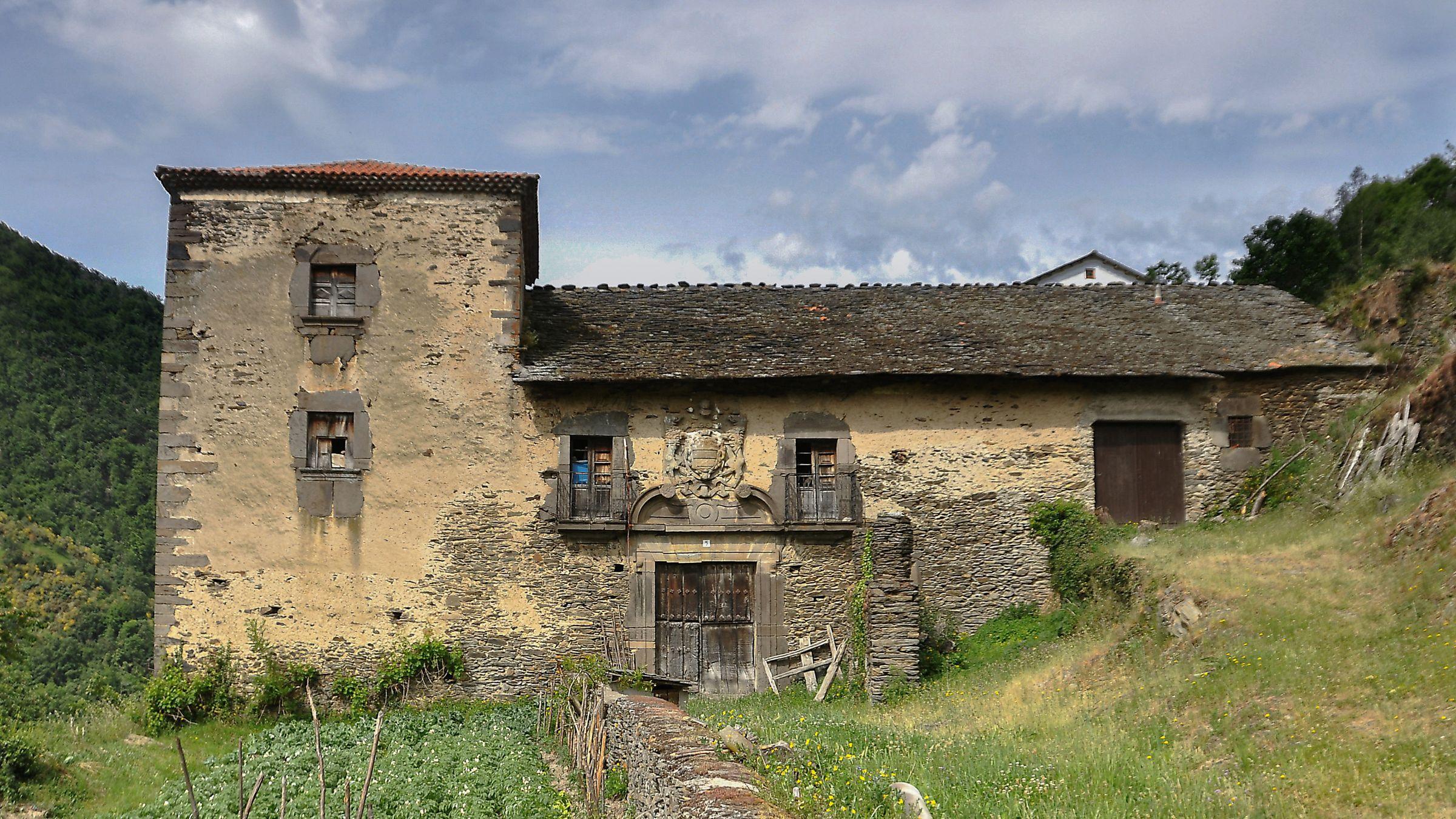 Palacio de San Pedro de Arbas