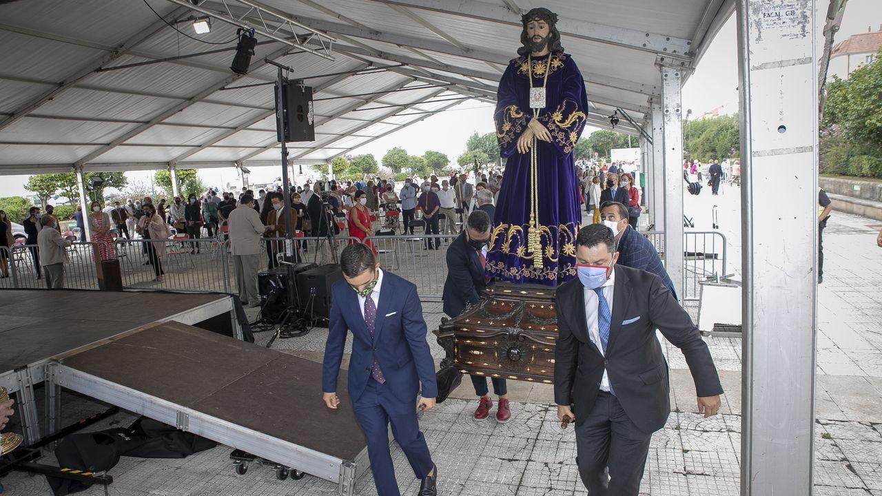 ¡Mira aquí las imágenes de la celebración del Nazareno de A Pobra!