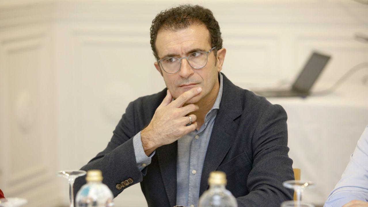 Huca, Oviedo .El doctor Rafa Monte explica que los casos están más diseminados, por lo que hay que estar alerta