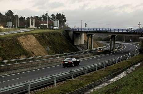 La autopista aumentó usuarios en 2013, pero tiene algo más de un tercio de la media estatal.