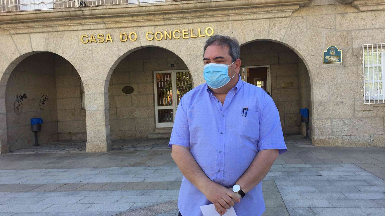 El alcalde de Verín: «As posibilidades de que a miña filla veña traballar despois de toda esta presión son practicamente nulas».Santa Comba de Bande, uno de los atractivos  del municipio