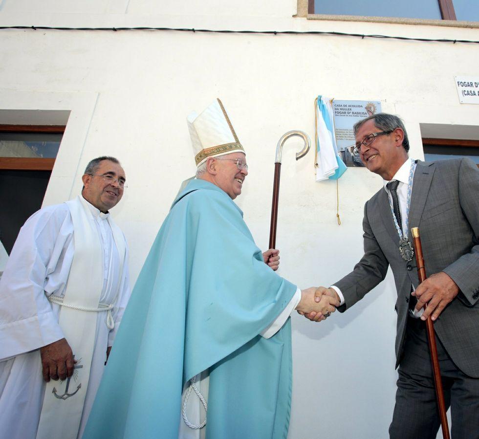 El arzobispo ya descubrió la placa en septiembre del 2013.