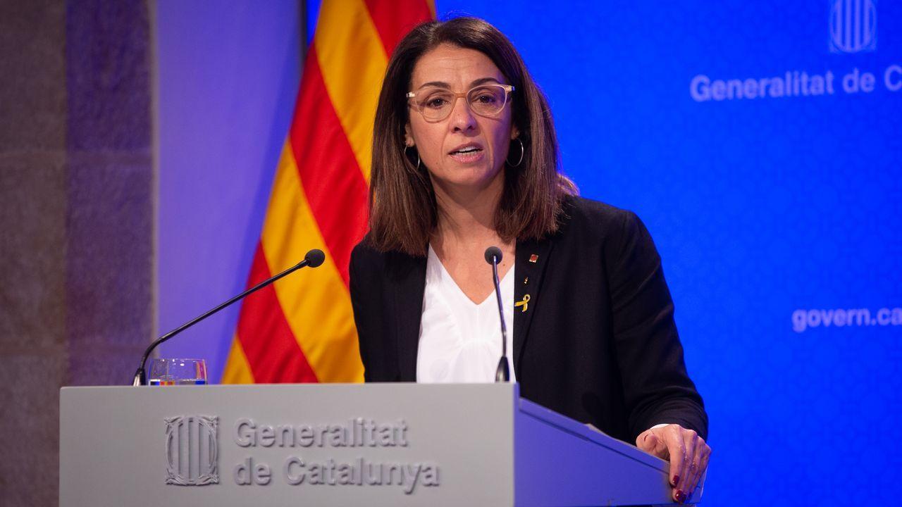 Nadia Calviño, en primer término, con Gabriel Rufián al fondo