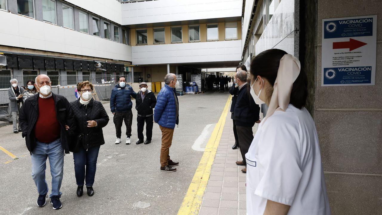 Este martes por la tarde comenzó la vacunación masiva en el hospital mariñano