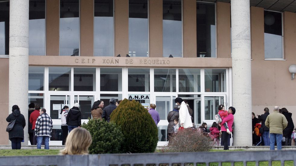 Salida de clase del colegio Xoán de Requeixo, en una imagen de archivo