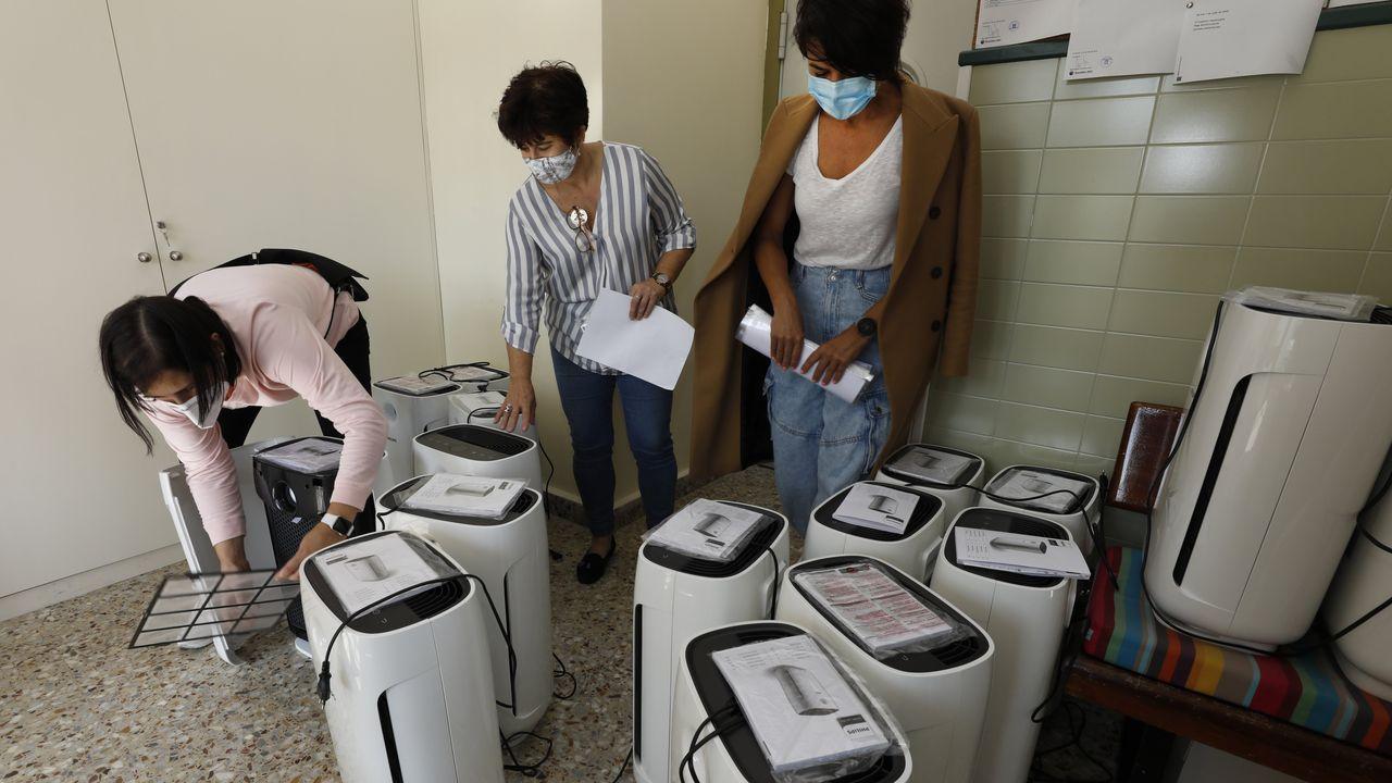 Purificadores de aire dotados con filtros HEPA donados por la ANPA al CEIP Virxe do Carme de Burela