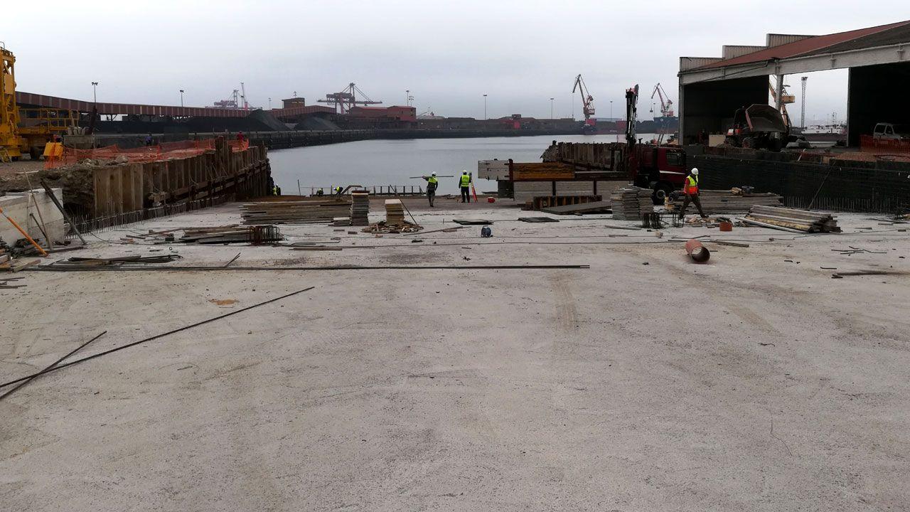 DDR Vessels prepara su entrada en funcionamiento en El Musel.Regasificadora de Gijón