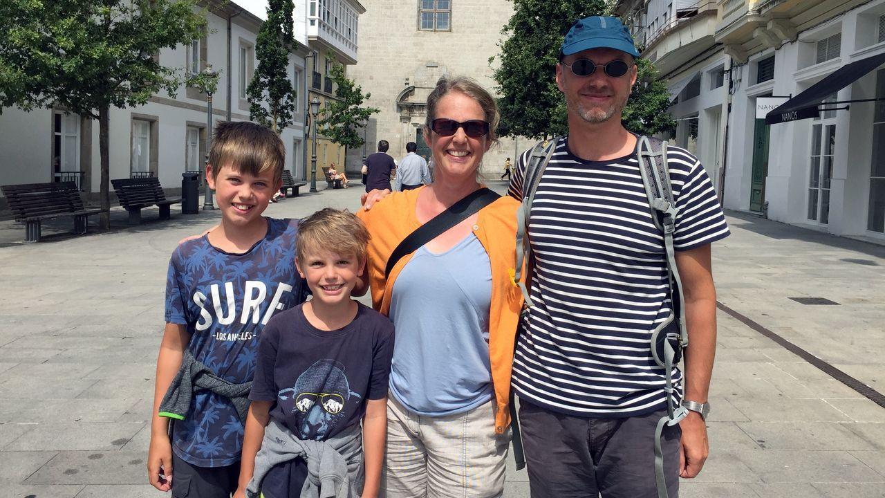 Kristina y Stefan con sus hijos en Lugo
