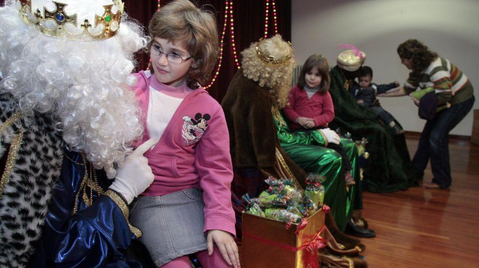 Las cabalgatas de Reyes en la Ribeira Sacra, en fotos.Alba García es una de las comisarias de la exposición  Catarsis , que puede verse en la galería Sargadelos de Monforte