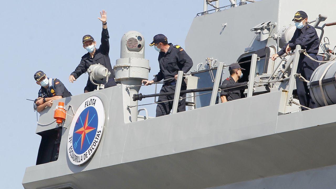 Salida de la fragata del arsenal, en el mes de junio