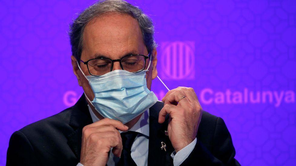 El presidente de la Generalitat, Quim Torra, durante la rueda de prensa de este lunes