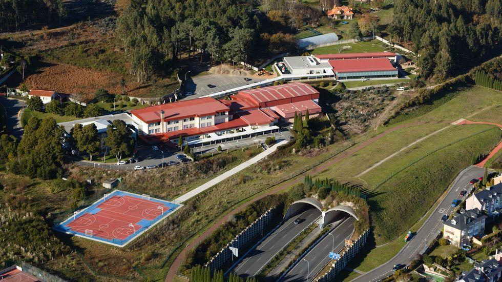 Colegio Montespiño, uno de los cuatro de Galicia que tiene alumnos de un único sexo. En este caso es solo para chicas a partir de primaria