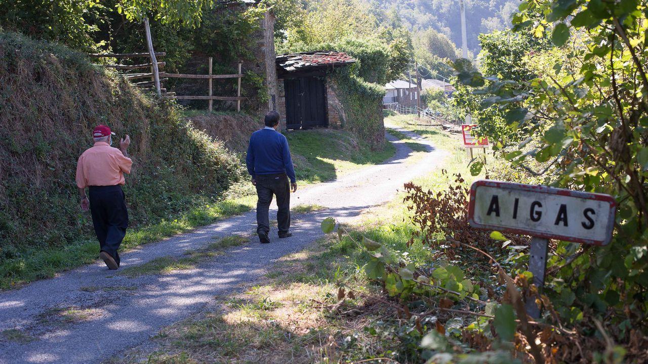 Aigas, una aldea de Os Ancares en la que solo vive Manuel López