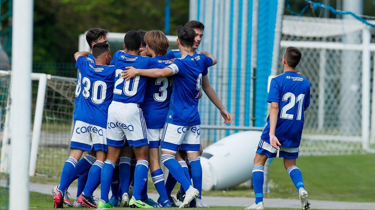 Real Oviedo Femenino FC Barcelona Joan Gamper.Los jugadores del juvenil A celebran uno de los goles del partido ante el Choco