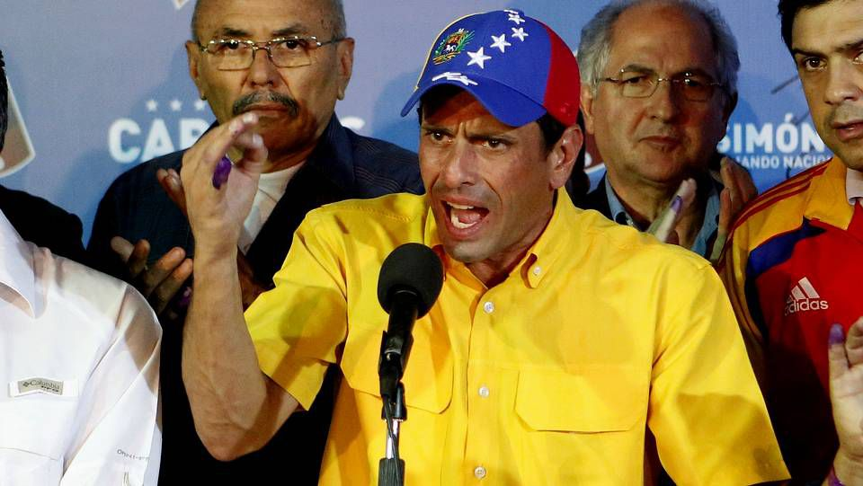 Primera cacerolada contra Maduro