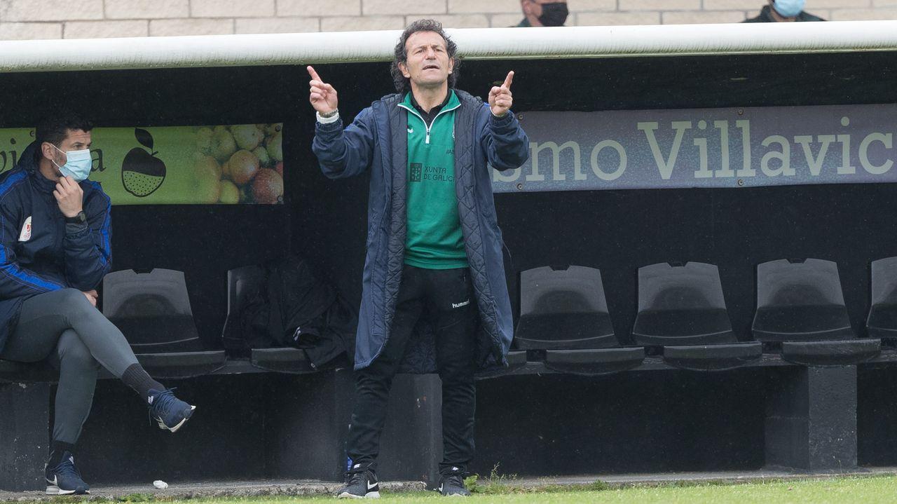 gol Lucas Ahijado Real Oviedo Malaga Carlos Tartiere.Los jugadores del Oviedo celebran el gol de Rodri al Zaragoza