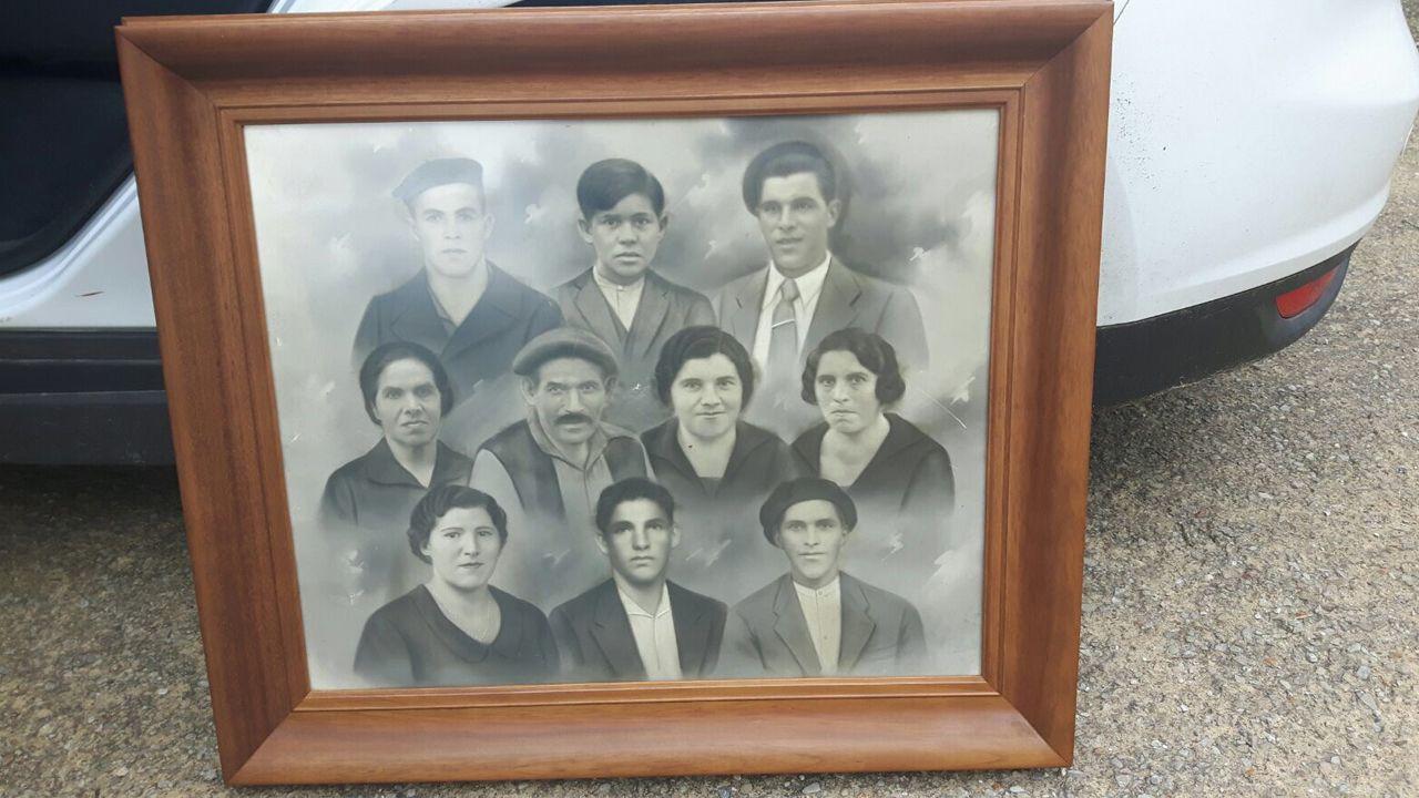 Imagen de la familia Fernández de Pravia, que sufrió el fusilamiento de varios de sus miembros