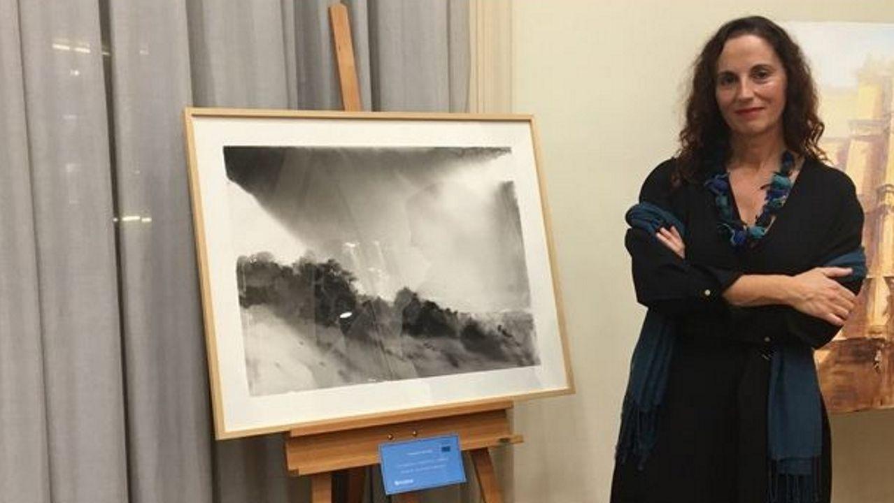 Pilar Cancio, con la obra ganadora