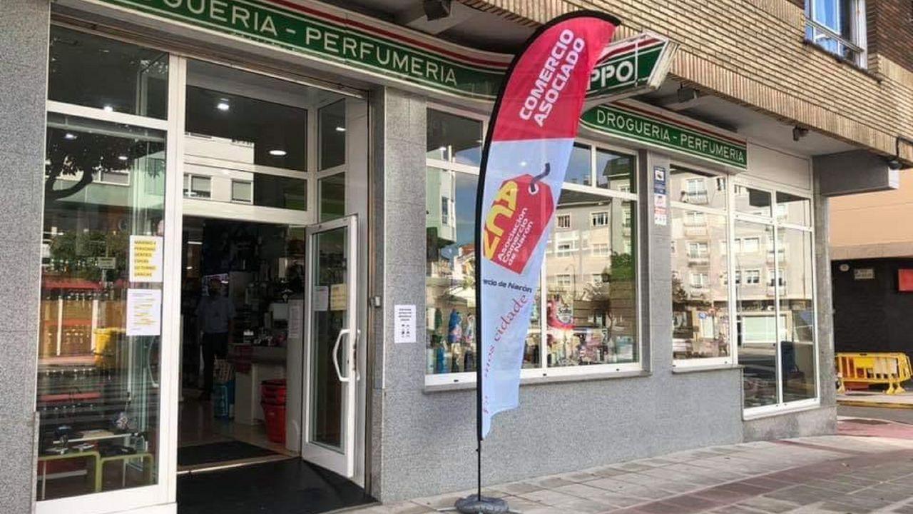 José Ramón Prado y Alfredo Canteli en la peatonalización de la calle Fruela