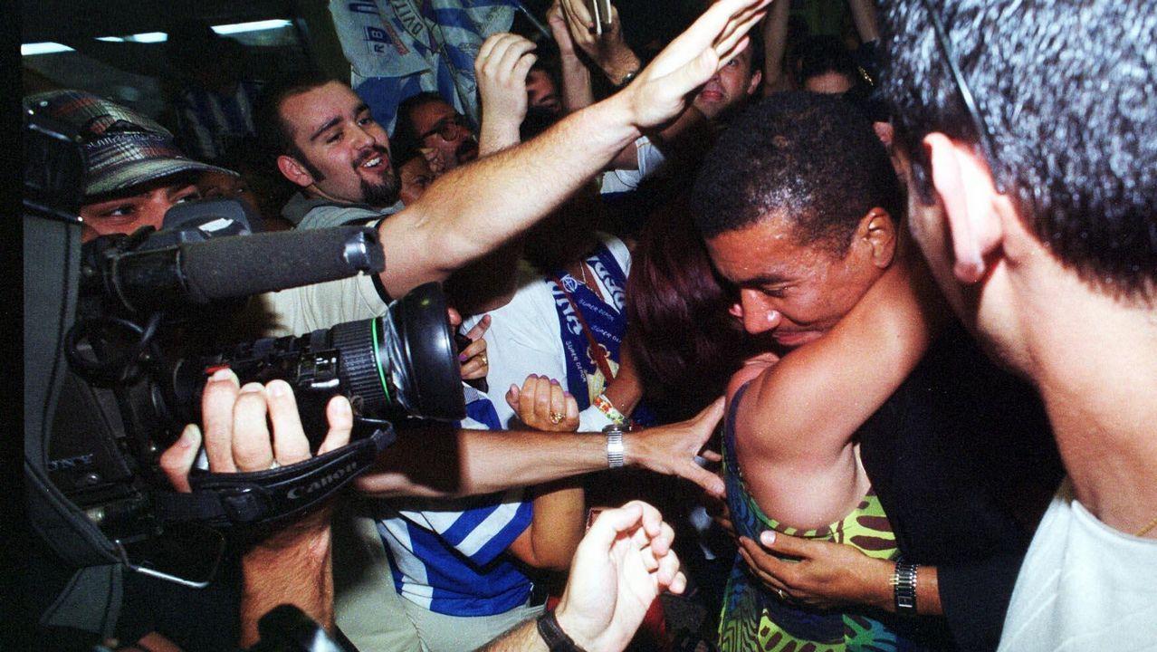Regreso de Mauro Silva al Deportivo aclamado por los aficionados