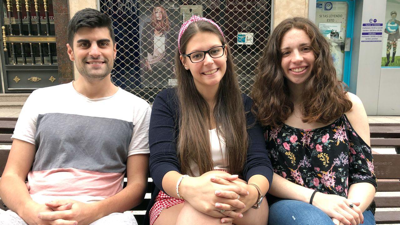 Los entrevistados de izquierda a derecha: Fede Puente, Irene Fernández y Celia García
