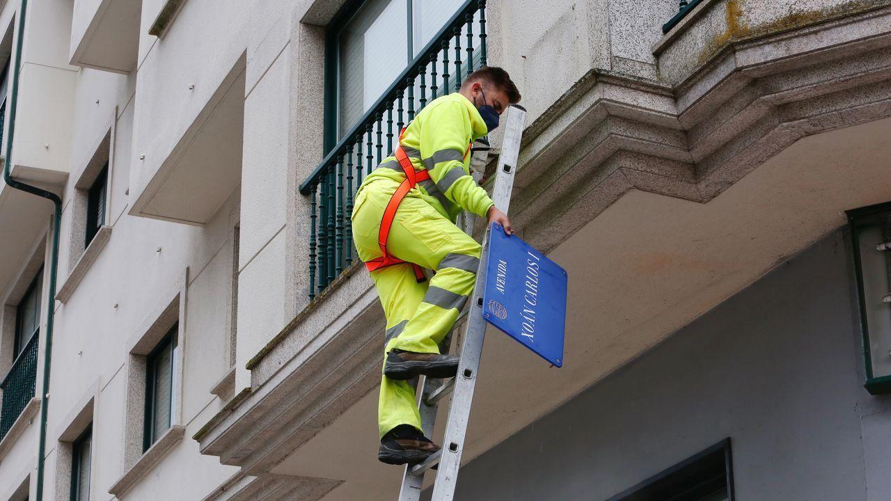 Juan Carlos I desaparece de las calles de Pontevedra