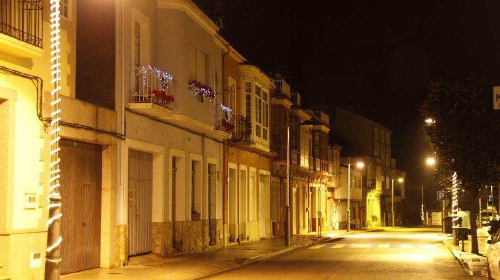 NAVIDAD EN CELANOVA.Iluminación navideña en Vilamartín de Valdeorras