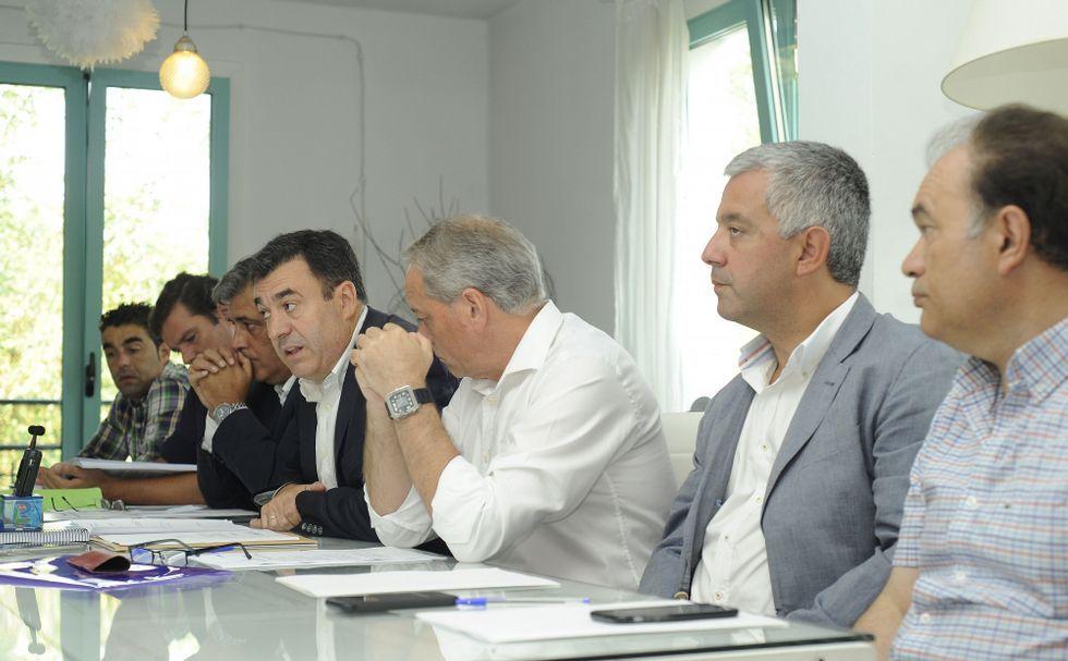 «Los liderazgos no se señalan, se ganan; la sucesión de Fraga es el modelo a seguir»