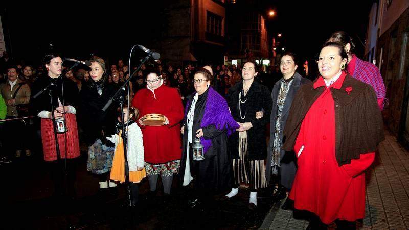 El grupo Arume de Berdillo realizó una actuación espectacular y muy aplaudida
