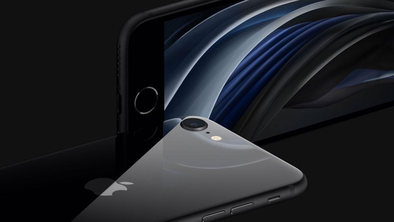 El diseño del iPhone SE es similar al del resto de terminales de Apple e incorpora el procesador A13, que actualmente montan los modelos 11 que están en el mercado