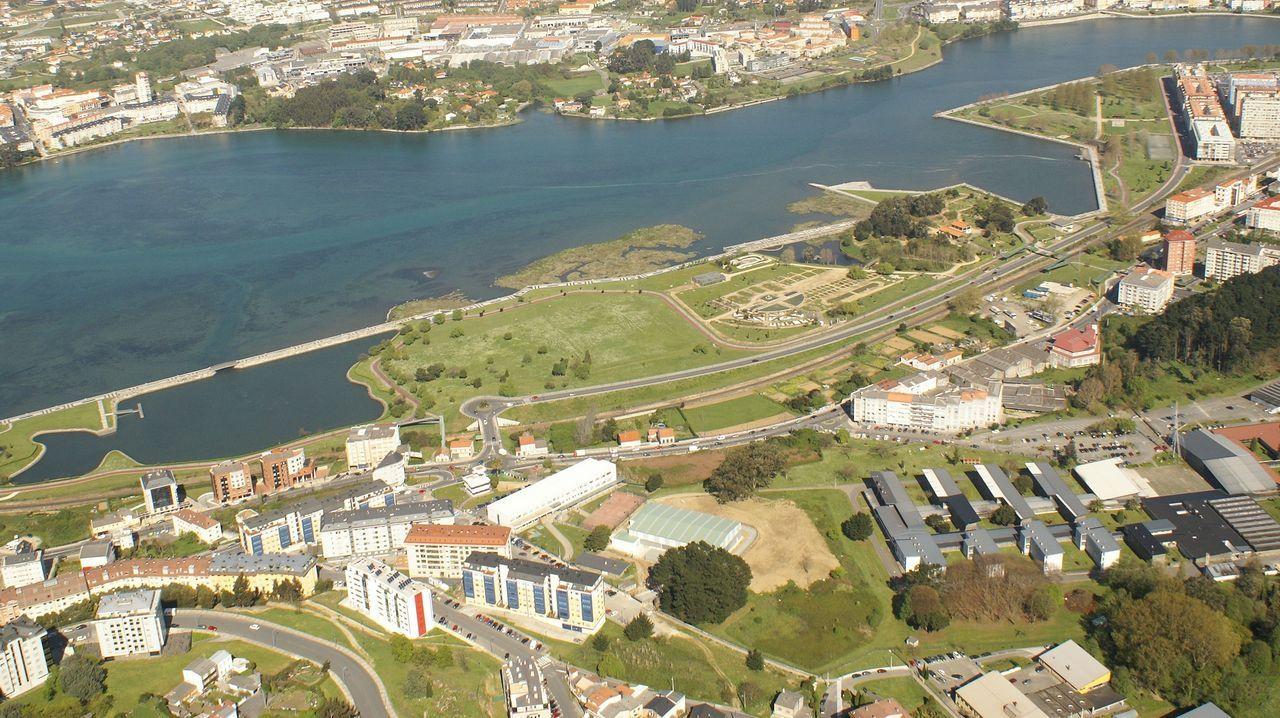 En directo | Sigue el pleno ordinario del Ayuntamiento de A Coruña.Tráfico en el puente de Rande