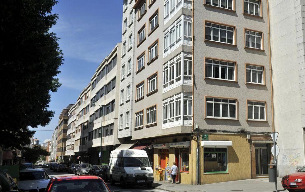 Los vecinos residen en el barrio de Ultramar, en la esquina de la calle Perú con Venezuela.