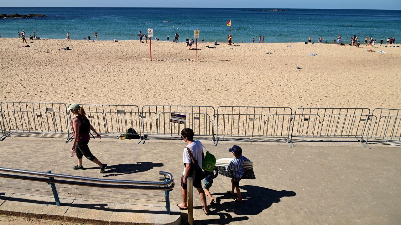Australia seguirá otros tres meses sin vuelos internacionales, pero comenzará a reabrir algunas playas